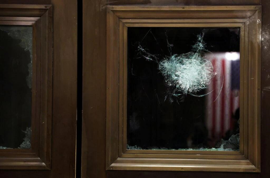 les effets du complotisme à Capitol Hills le 6 janvier 2021