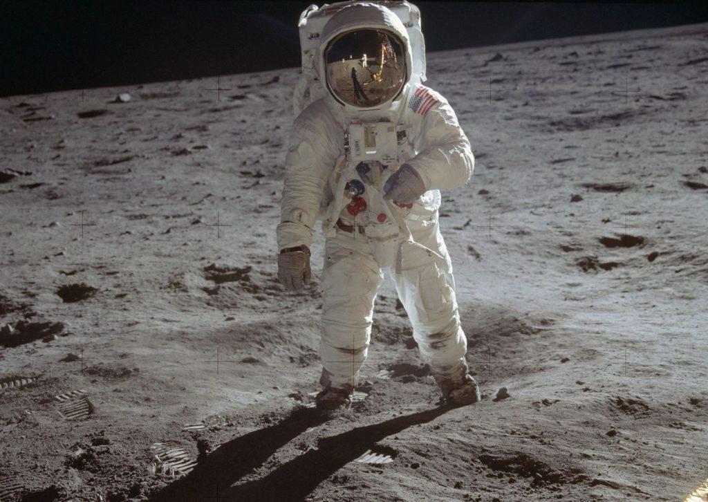 Le complotisme suppose que l'homme n'a jamais mis le pied sur la Lune